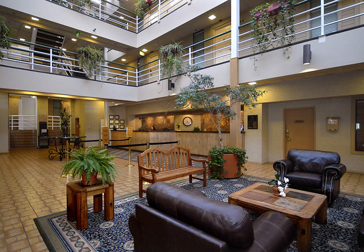 Lobby Atrium Mountain Condo Rentals